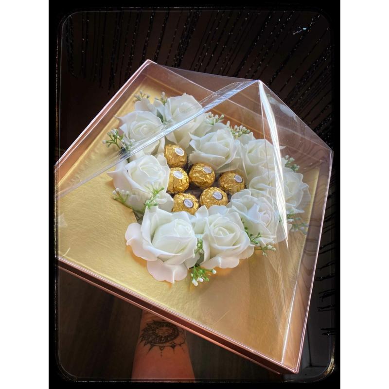 Diamond Rose Box