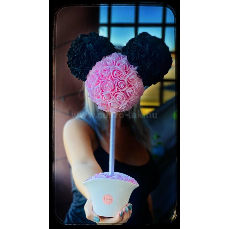Mickey fej rózsákból
