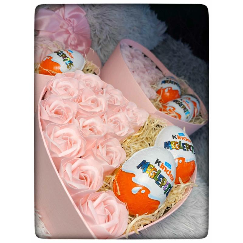 Rose Surprise Box M