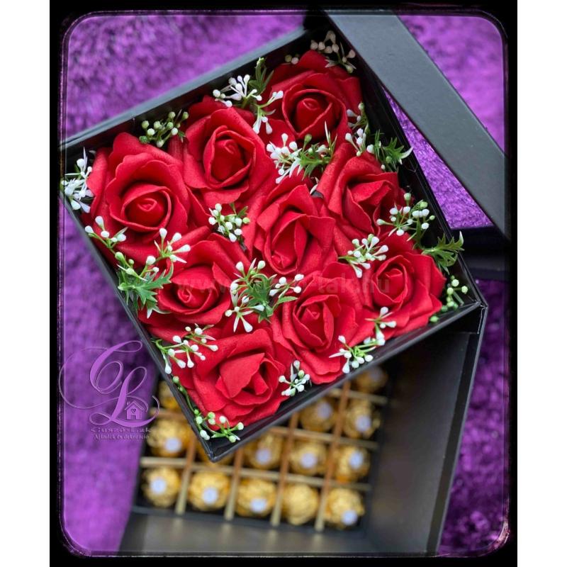 Virág és rejtett csokoládé box