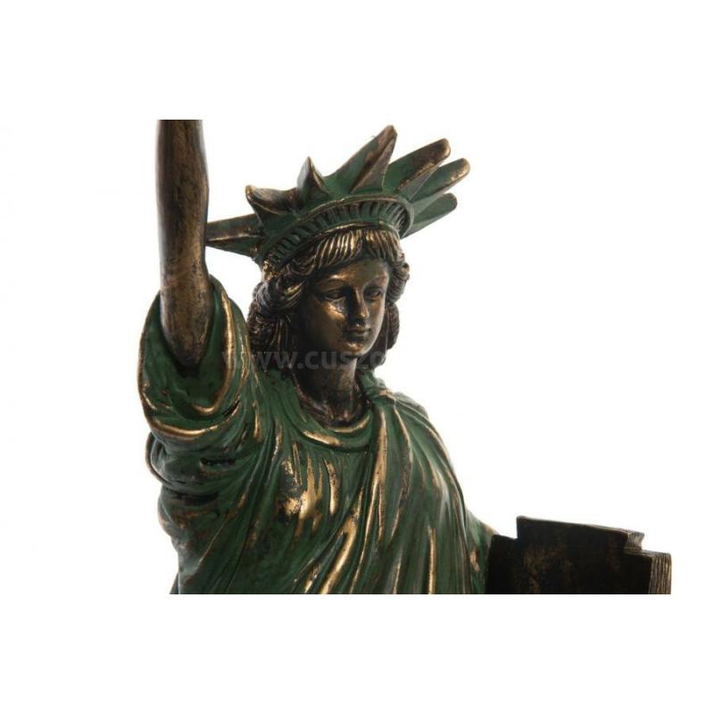 Szabadság szobor régies stílusban